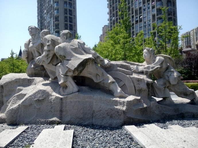 公园景观石雕塑展示